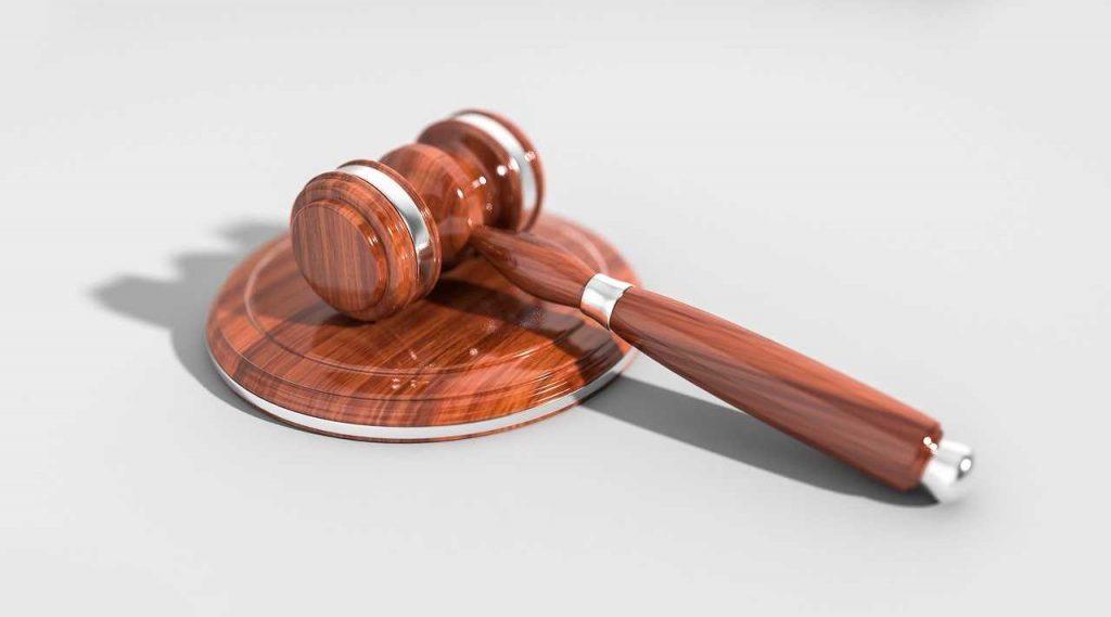 Wetten en regels door de rechter