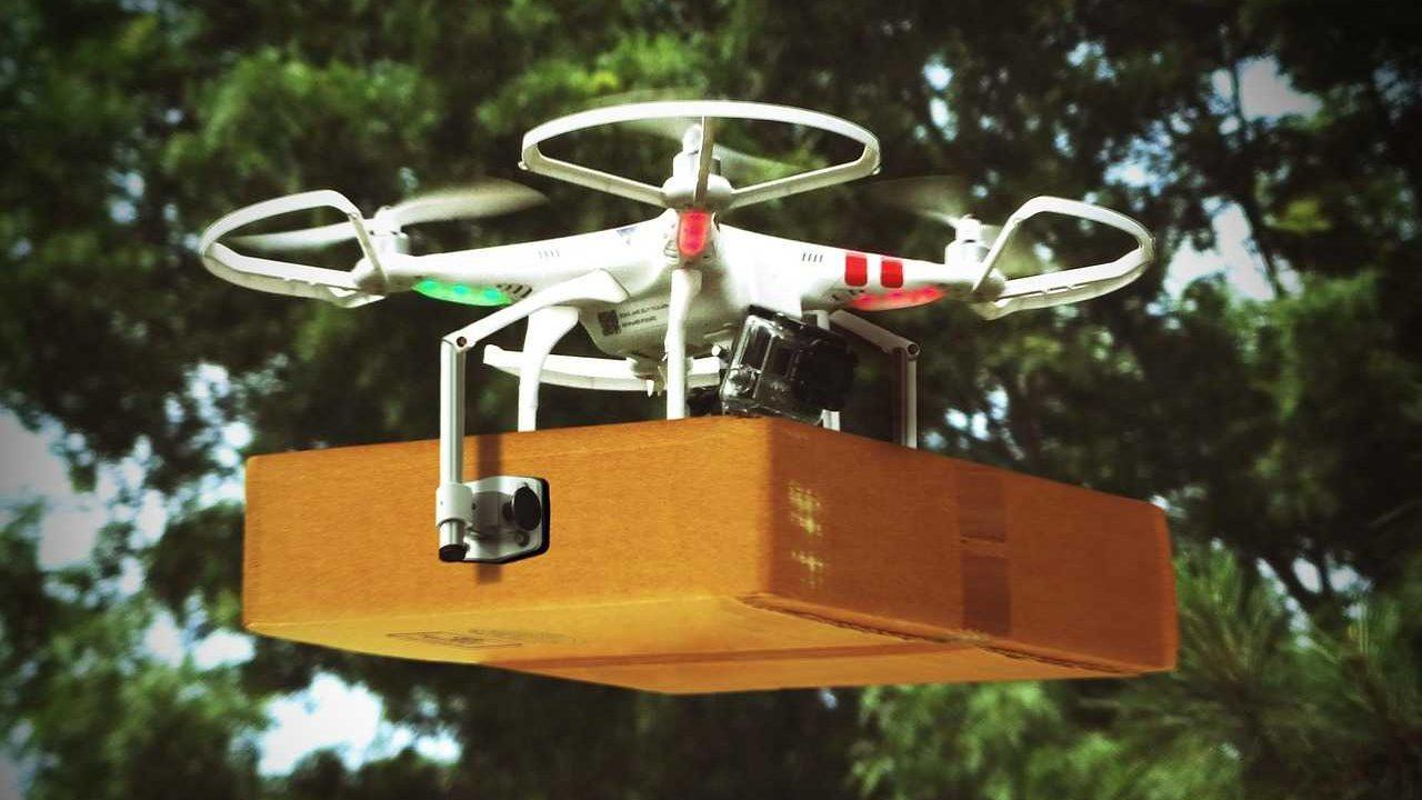 pakket bezorgen met drone vervoer transport via de lucht