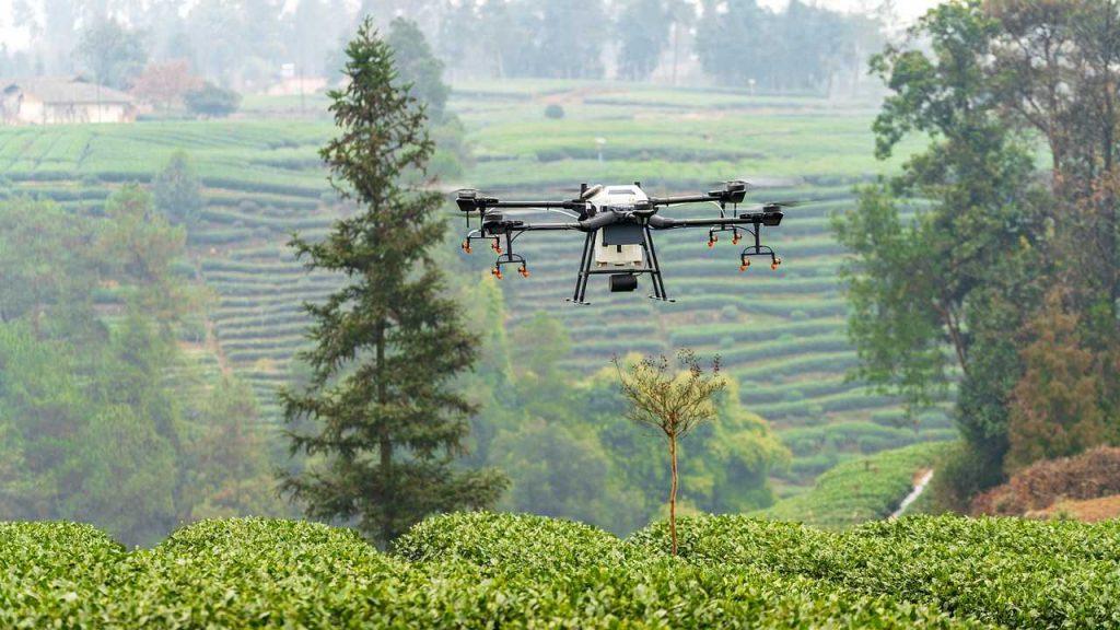 Hoe ver kan een drone vliegen?