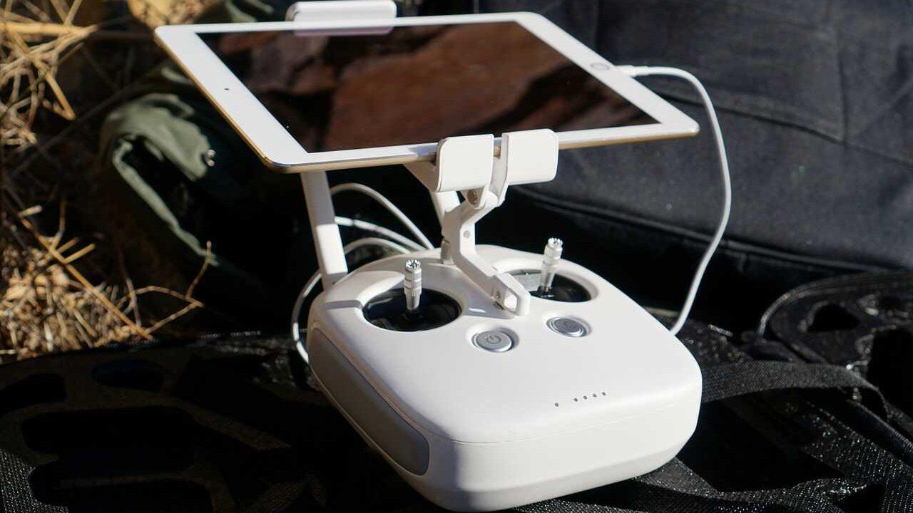 Phantom 4 pro controller wit ipad live videoverbinding