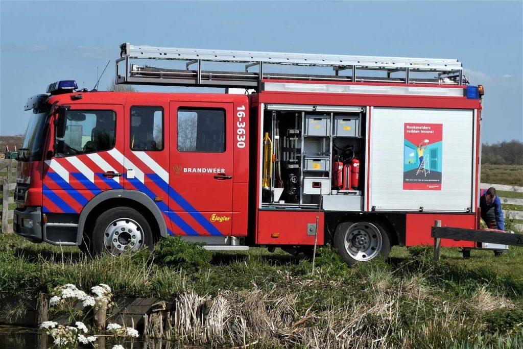 brandweerwagen nederland gras