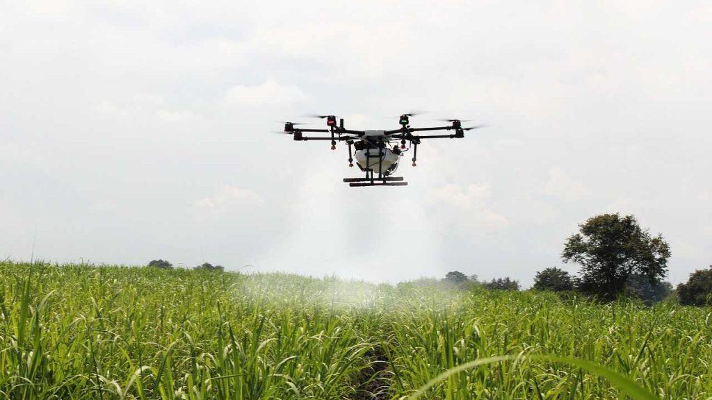 drone sproeien landbouw plantage efficient