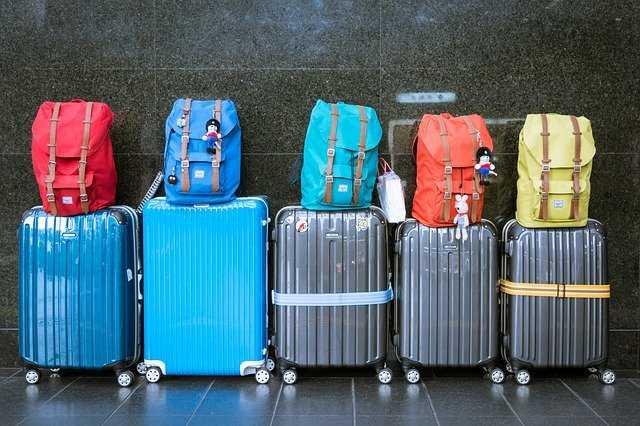 koffer bagagetas op vliegveld