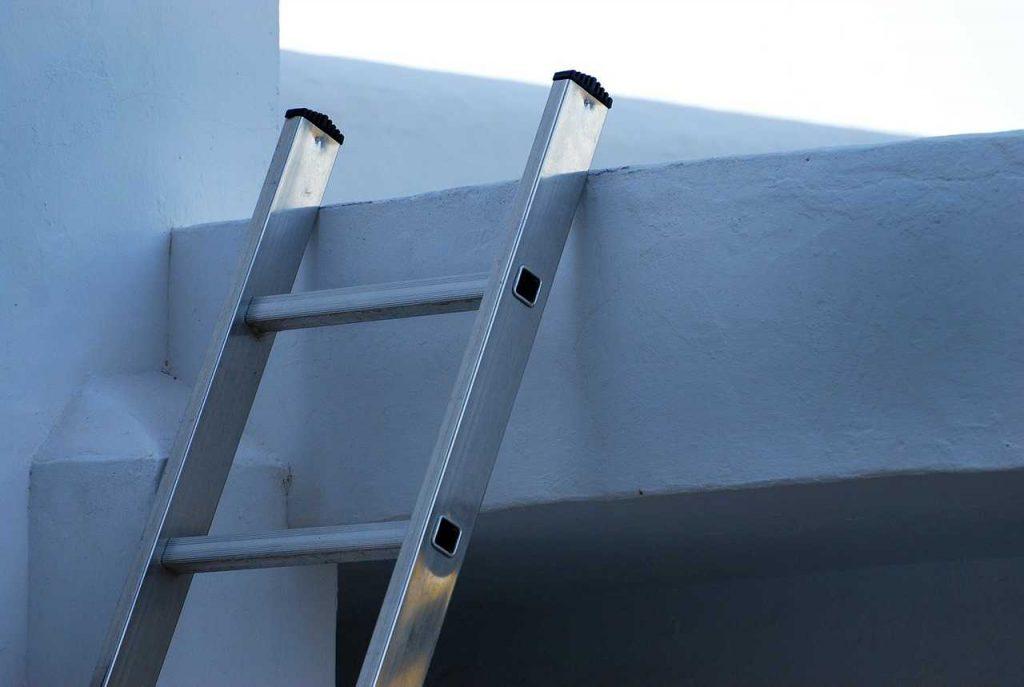 ladder gebouw klimmen ijzer hoog