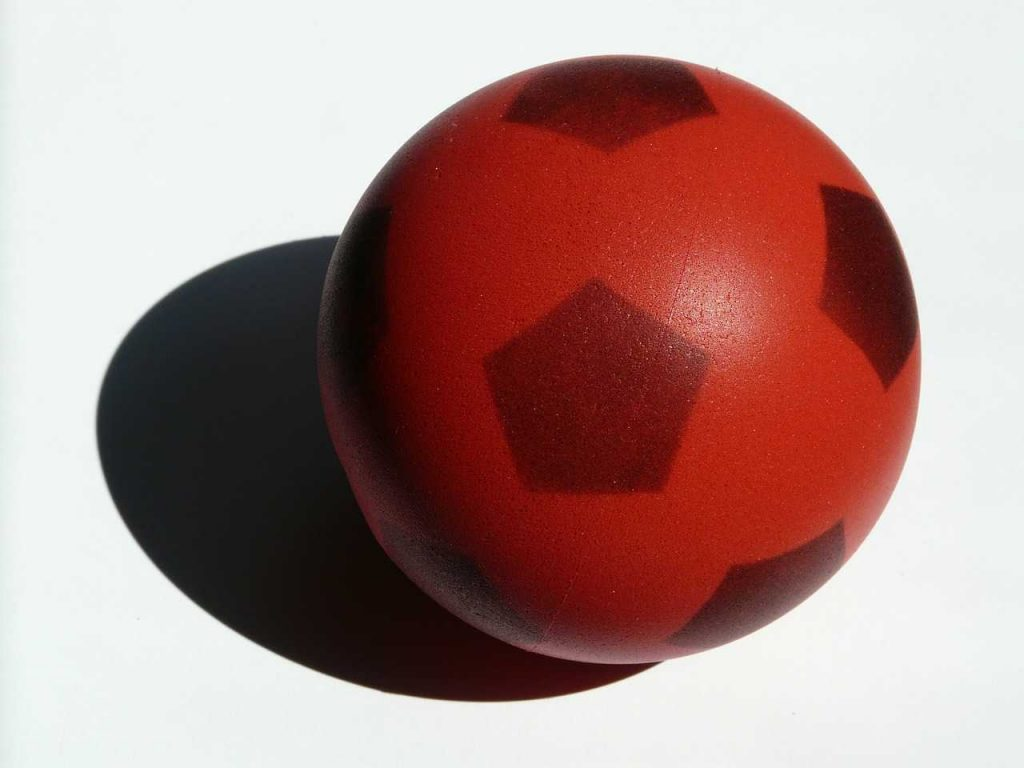 rode zachte schuimbal voetbal