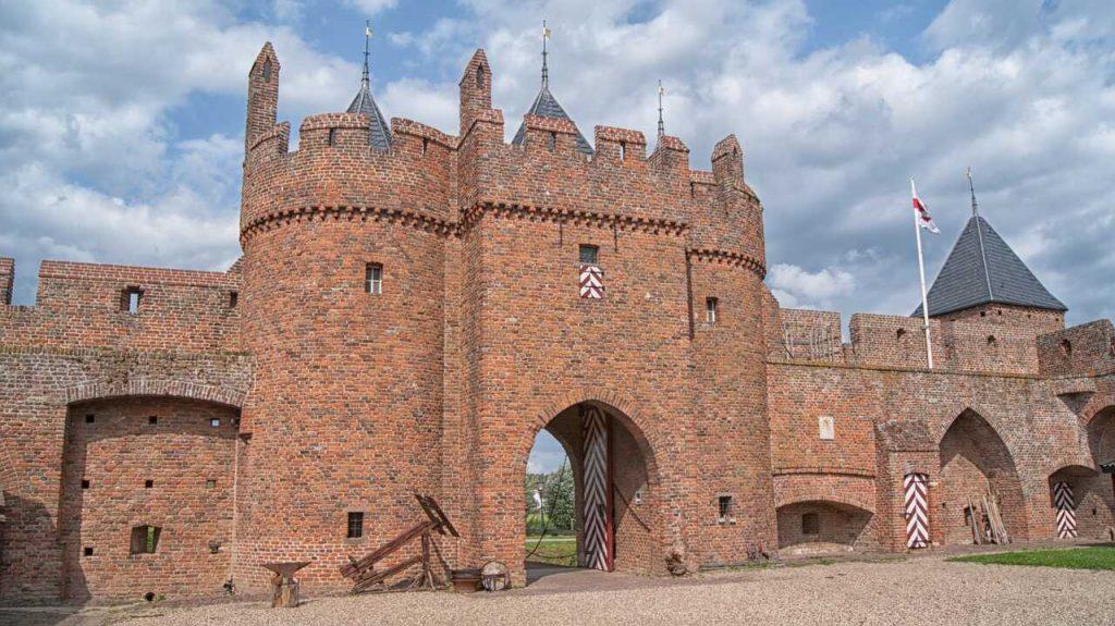 kasteel doornenburg gelderland