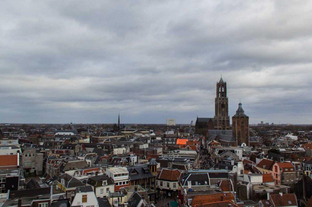 Utrecht centrum stad huizen bebouwing binnen de bebouwde kom