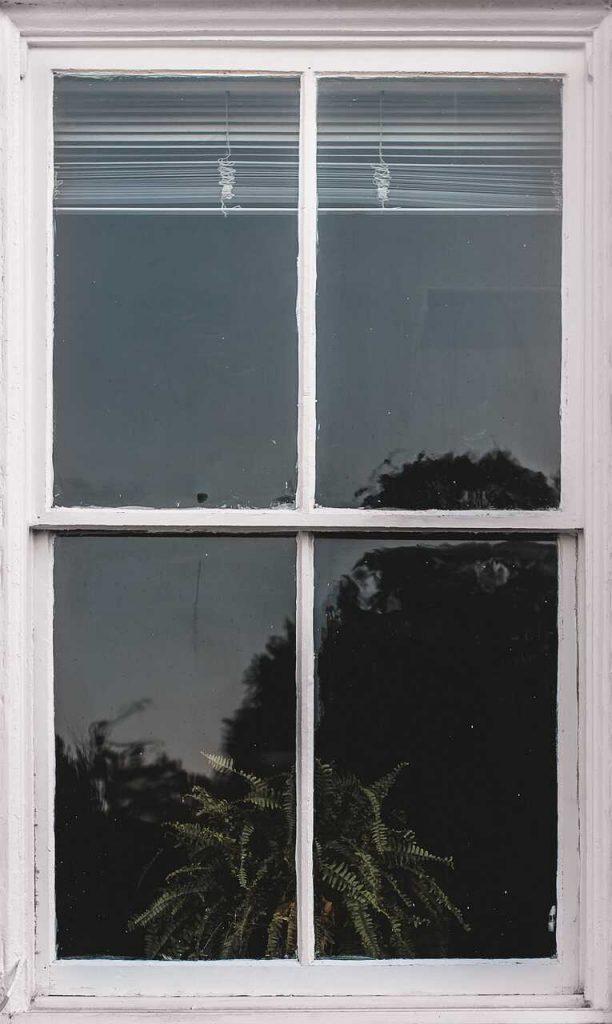 raamkozijn reflectie weerkaatsing