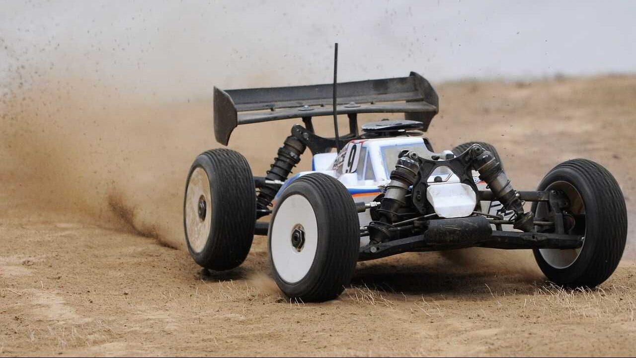 RC auto offroad nitro motor
