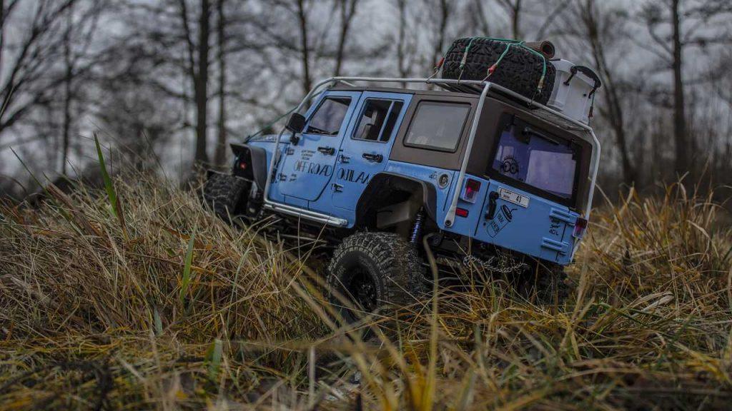 jeep rubicon blauw offroad RC auto