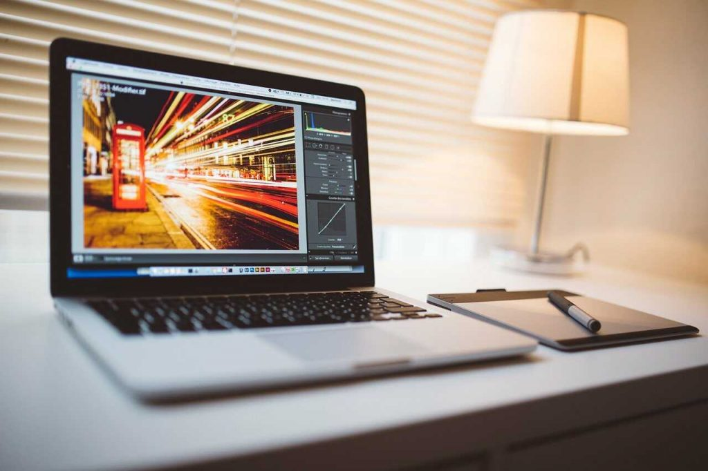 editen computer lightroom