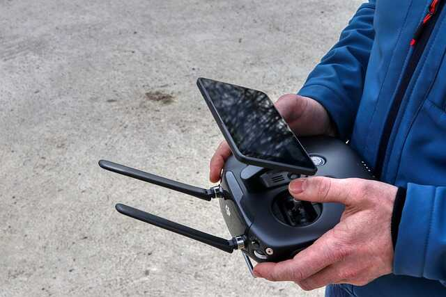 drone besuren live videobeeld controller en display