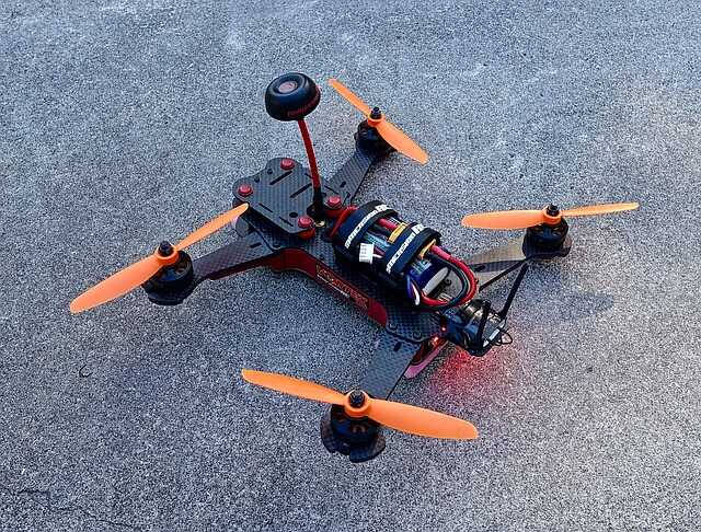 fpv drone zonder camera op grond
