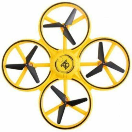 gele drone met hand besturen handgebaren